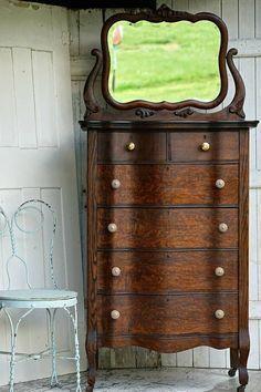 New Vintage Furniture 1800