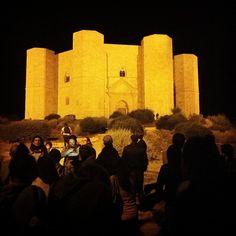.@Viaggiareinpuglia Official   #instameetitalia3 continua...con #pugliarte scopriamo i segreti di Castel del...