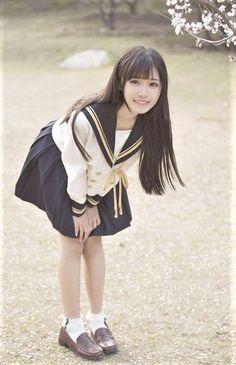 Cute School Uniforms, School Uniform Girls, Girls Uniforms, School Girl Japan, School Girl Outfit, Japan Girl, Moda Ulzzang, Ulzzang Girl, Cute Asian Girls