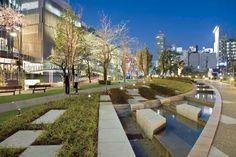 LandscapeOnline.com :: Article : On the Town: Midtown Tokyo, That Is Pool Landscape Design, Urban Landscape, Landscape Architecture, Building Facade, Building Design, Urban Park, Traditional Landscape, Pool Landscaping, Interior Exterior