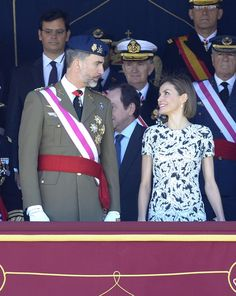 Pin for Later: The Best Photos of the Spanish Royal Family in 2015  The royal couple takes a moment during official celebrations to share a smile.