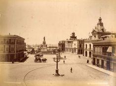 28PlazadelaIntendencia1888 Santa Lucia, Iglesia San Francisco, Old Pictures, Historical Photos, Paris Skyline, Taj Mahal, Past, Street View, Building