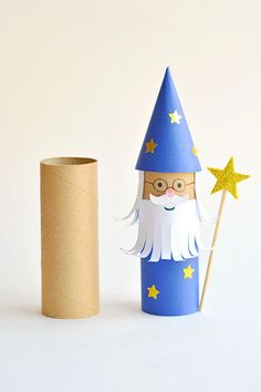This paper roll wizard is SO CUTE! Such a great craft for kids and a super fun way to recycle. Use our free printable template to make it even easier! Hand Crafts For Kids, Craft Activities For Kids, Preschool Crafts, Projects For Kids, Diy For Kids, Diy Projects, Toilet Paper Roll Art, Rolled Paper Art, Upcycled Crafts