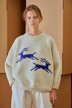 Vika Gazinskaya, Ready-To-Wear, Париж B Fashion, Knitwear Fashion, Tumblr Fashion, Knit Fashion, Fashion Details, Fashion Outfits, Fashion Design, Mannequins, Vogue Paris