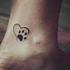 47 Tiny Paw Print Tattoos For Cat And Dog Lovers - Tattoo vorlagen - Minimalist Tattoo Hot Tattoos, Trendy Tattoos, Tattoos For Guys, Tatoos, Tribal Tattoos, Fake Tattoos, Cat Paw Print Tattoo, Tribal Butterfly Tattoo, Cat Tat