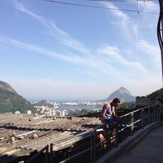 #telesur en Río de Janeiro para Cobertura #EnlaTierradelPapa (vía @rolandoteleSUR)