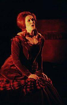 Joan Sutherland in Donizetti's Lucia di Lammermoor