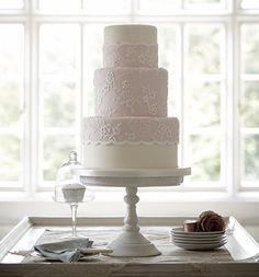 Dreamy dusky lace cake #zoeclarkcakes