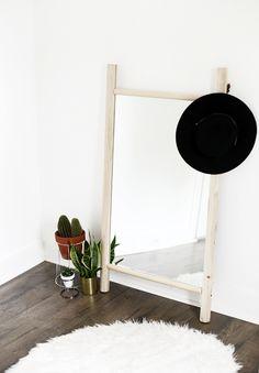 DIY Dowel Mirror @th