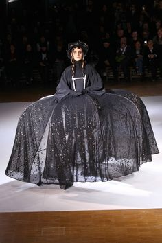 Yohji Yamamoto, A-H 15/16 - L'officiel de la mode