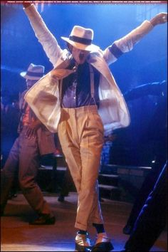 Photo of Smooth Criminal for fans of Michael Jackson 7879115 Michael Jackson Wallpaper, Michael Jackson Fotos, Michael Jackson Bad Era, Bad Michael, Michael Jackson Smooth Criminal, The Jackson Five, Jackson Family, Mike Jackson, Jackson Music