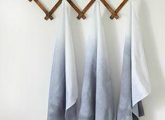 DIY   Verf je theedoeken met de ombre techniek - Wonen&Co