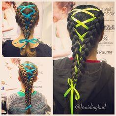 #corsetbraids at the Helsinki Book Fair #lettikoju stand. #braid #braids #braiding #braidinghair #braidideas #instabraids #letti #letit #lettikampaus #letitys #hairdo #hairdos #hairstyles #flette #plaitedhair #suomiletit #braidsforgirls #featuremeisijatytot #featuremejehat #hotbraidsmara #braidsforlittlegirls #korsettiletti #corsetbraid #ribbonbraid #isinjatyttojenlettikirja #lettikirja #isinjatyttöjenlettikirja