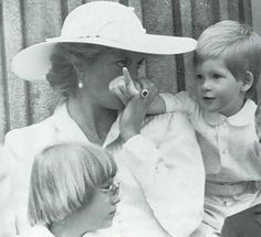 June 13, 1987: Prince Harry and Lady Diana on the balcony of Buckingham Palace…