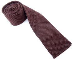 Nice quality knit tie in rich dark brown. Mens Fashion 2018, Men's Fashion, Knit Tie, Winter Trends, Dark Brown, Fall Winter, Nice, Moda Masculina, Mens Fashion