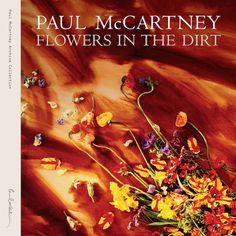 """Am 24. März erscheint das Reissue von McCartneys 1989er-Album """"Flowers In The Dirt"""". Hören Sie hier drei Tracks in der exklusiven Audio-Premiere."""
