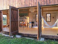 ประตูบ้านไม้