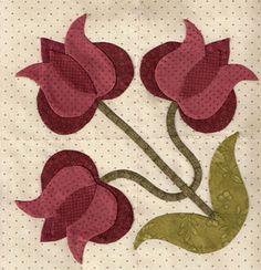 I love appliqué flowers! :D