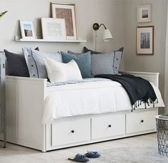 HEMNES Daybed frame with 3 drawers, whiteYou can find Hemnes and more on our website.HEMNES Daybed frame with 3 drawers, white Ikea Hemnes Daybed, Hemnes Day Bed, Spare Room Office, Spare Room Decor, Ikea Office, White Daybed, Daybed Room, Sofa Bed, Daybed Bedding