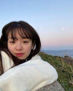 Instagram Feed Ideas Posts, Ulzzang Korean Girl, Red Velvet, Make Up, Female, Beautiful, Asian, Youtube, Photo Poses