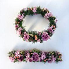 www.gracebridalindustries.com #corona y #cinturón de flores #naturales de estilo bohemio.  #rosas en tono malva, #ortensia fresca, #flores y frutos silvestres.  Ideal para #niña de #comunión.