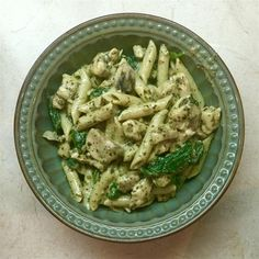 Spinach, chicken and pasta are smothered in a glorious creamy pesto sauce. Chicken Spinach Recipes, Chicken Pork Recipe, Italian Chicken Recipes, Pesto Chicken, Spinach Stuffed Chicken, Yum Yum Chicken, Pork Recipes, Cooking Recipes, Healthy Recipes
