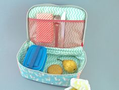 thermal bag - compartment below Kitchen Craft, Diy Crafts, Sewing, Ideas Para, Couture, Bag, Google, Heat Pack, Lunch Box Cooler