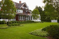 Edmund Hollander Landscape Architects | Village Elegance