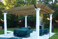 4 Torches,Pergola,Fireplace,Grill,Sideburner