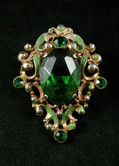 Antique Art Nouveau Pot Metal Emerald Green Rhinestone Dress Fur Clip