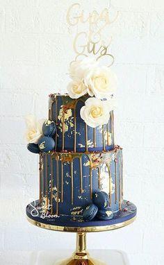 Znalezione obrazy dla zapytania wedding cake navy drip