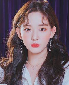Ulzzang Fashion, Ulzzang Girl, Korean Beauty, Asian Beauty, Ear Chain, Ulzzang Makeup, Asian Model Girl, Aesthetic People, Fantasy Photography