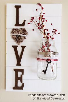 Best Country Decor Ideas - Rustic Wall Decoration with Mason Jar Vase - Rustic Farmhouse Decor Tutorials and Easy Vintage Shabby Chic Home Decor for Kitchen, Living Room and Bathroom - Creative Country Crafts, Rustic Wall Art and Accessories to Make and S Casas Shabby Chic, Vintage Shabby Chic, Shabby Chic Homes, Vintage Decor, Valentines Bricolage, Valentine Day Crafts, Mason Jar Vases, Mason Jar Crafts, Rustic Wall Decor