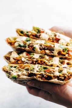 Vegan Mexican Food: This vegan crunchwrap is INSANE! Stuff this bad boy with whatever you like - I made it with sofritas tofu and cashew queso - and wrap it up, fry, and devour! Favorite vegan recipe to date. Mexican Food Recipes, Whole Food Recipes, Vegetarian Recipes, Cooking Recipes, Healthy Recipes, College Food Recipes, Healthy Foods, Crunchwrap Supreme, Vegan Queso