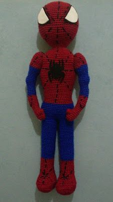 Amigurumi Örümcek Adam Tarifi Crochet Dolls Free Patterns, Baby Knitting Patterns, Free Knitting, Crochet Toys, Spiderman, Scarf Display, Baby Gift Box, Lol Dolls, Blog