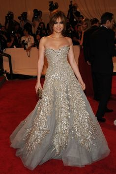 Jennifer Lopez in Zuhair Murad at the MET'S Institute Gala 2010
