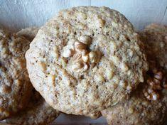 Petits biscuits aux noix Apple Pie, Muffin, Bread, Cookies, Breakfast, Desserts, Food, Friends, Walnut Cookies