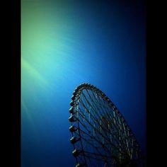a blue wheel