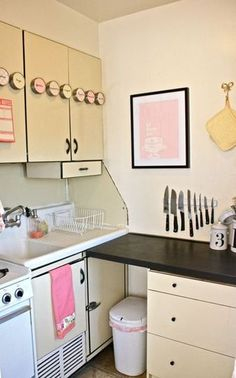 Small Kitchen Designs: 10 Organized, Efficient And Tiny Real Life Kitchens Part 87