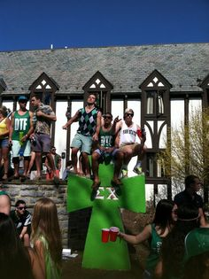 Ohh look my friends on TFM haha ---Update from the castle on St. Patrick's Day. TFM.