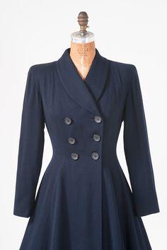 1940s Fitted Navy Blue Wool Coat Vintage Fifth by missfarfalla