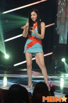 150826 Tiffany SNSD - Lion Heart @Show Champion
