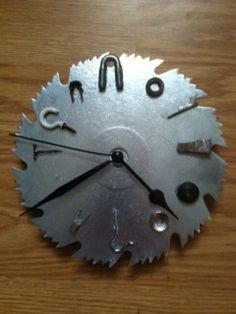 537 best saw blade clock images on pinterest blade llamas and clock saw blade clocksticmamadesigns on facebook greentooth Choice Image