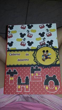 Caderno mickey