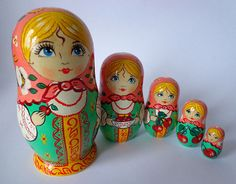 Stacking dolls matryoshka russian wooden nesting por FolkSouvenir