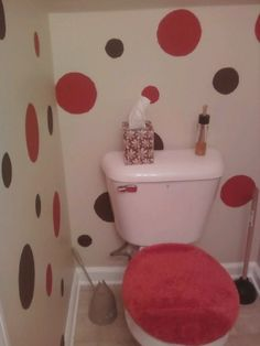 Perfect Used My Left Over Paint To Do Polka Dots In My Bathroom.