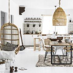 Interior Design Blogs, Interior Decorating, Italian Furniture Design, Unique Furniture, Unique Home Decor, Cheap Home Decor, Rattan Dining Chairs, Chaise Bar, Moroccan Interiors