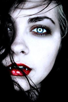 beautiful vampire #Gothic #Vampire #Beauty