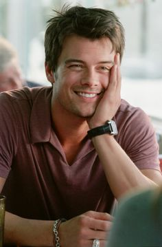 Josh Duhamel - The perfect looking man.