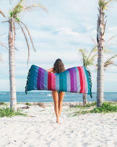 Sunny Luxe Round Beach Towel